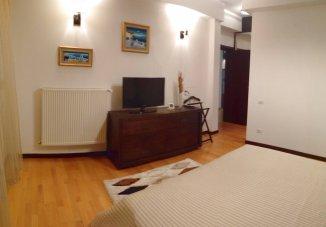 vanzare apartament decomandat, zona Mamaia Nord, orasul Constanta, suprafata utila 130.4 mp