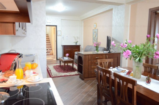 Apartament vanzare Constanta 3 camere, suprafata utila 71 mp, 1 grup sanitar, 2  balcoane. 175.000 euro. Etajul 3 / 5. Destinatie: Rezidenta, Vacanta. Apartament B-dul Mamaia Constanta