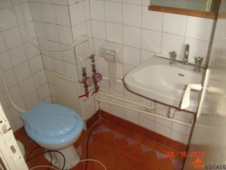 agentie imobiliara vand apartament decomandata, in zona Inel 1, orasul Constanta