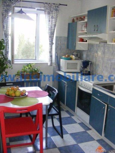 inchiriere apartament cu 3 camere, decomandata, in zona Tomis Nord, orasul Constanta