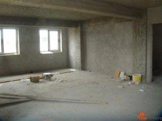vanzare apartament cu 3 camere, decomandat, in zona Primo, orasul Constanta