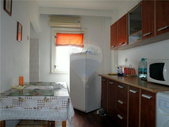 Apartament cu 3 camere de inchiriat, confort Lux, zona Tomis 3,  Constanta