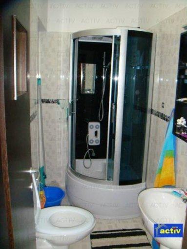 inchiriere apartament cu 3 camere, decomandata, in zona Faleza Nord, orasul Constanta