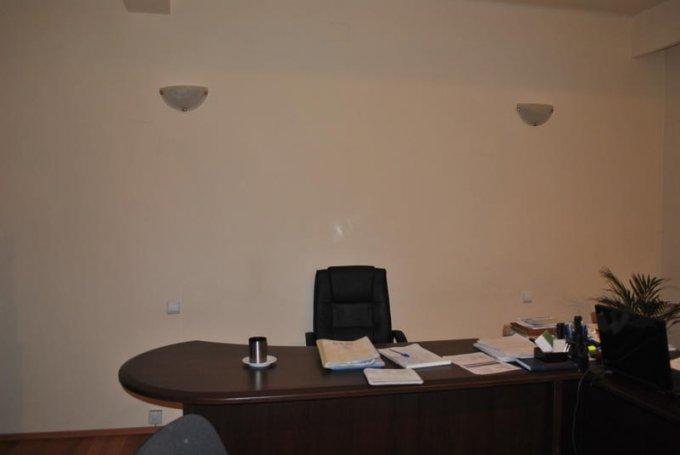 agentie imobiliara vand apartament decomandata, in zona Piata Ovidiu, orasul Constanta