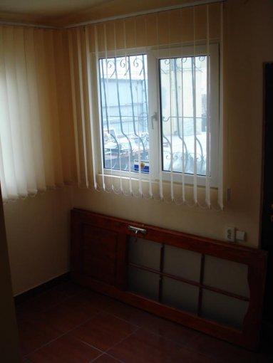 Apartament cu 3 camere de vanzare, confort Lux, zona Piata Ovidiu,  Constanta