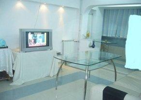 inchiriere apartament decomandata, zona Tomis Mall, orasul Constanta, suprafata utila 70 mp