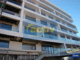 vanzare apartament decomandat, zona Mamaia statiune, orasul Constanta, suprafata utila 100 mp