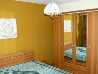 inchiriere apartament cu 3 camere, decomandata, in zona Dacia, orasul Constanta