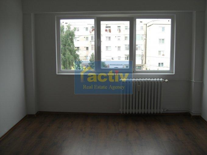 vanzare apartament decomandata, zona ICIL, orasul Constanta, suprafata utila 66 mp