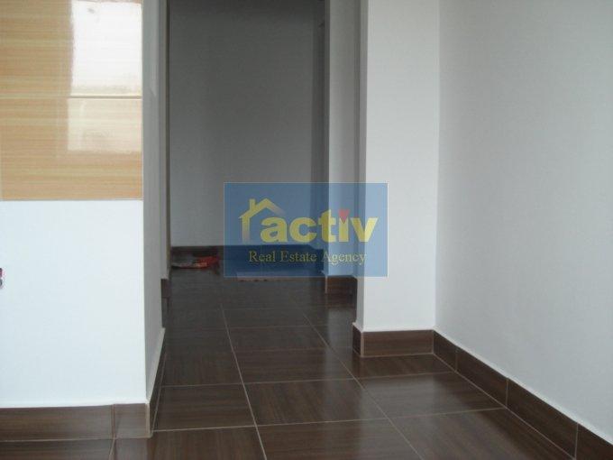 vanzare apartament cu 3 camere, decomandata, in zona ICIL, orasul Constanta