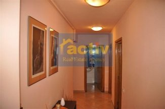 vanzare apartament decomandata, zona Mamaia statiune, orasul Constanta, suprafata utila 73 mp