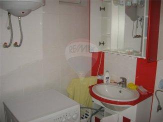 vanzare apartament cu 3 camere, decomandata, localitatea Costinesti