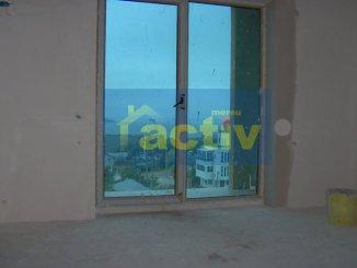 vanzare apartament cu 3 camere, decomandata, localitatea Mamaia Sat