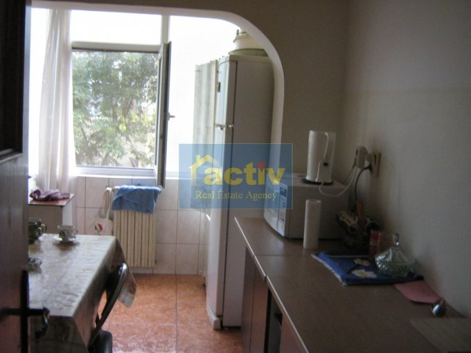 Constanta, zona Dacia, apartament cu 3 camere de vanzare