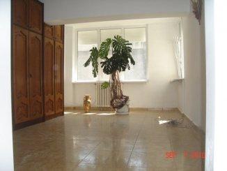 vanzare apartament decomandata, zona Capitol, orasul Constanta, suprafata utila 75 mp