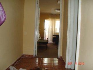 vanzare apartament cu 3 camere, decomandata, in zona Capitol, orasul Constanta