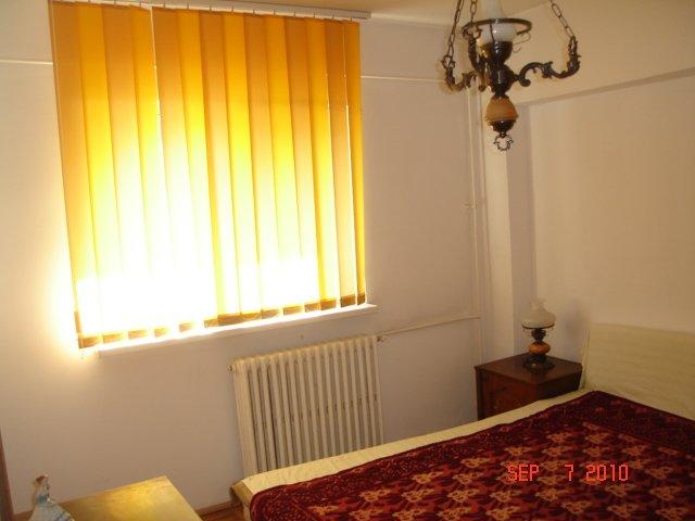 Constanta, zona Capitol, apartament cu 3 camere de vanzare