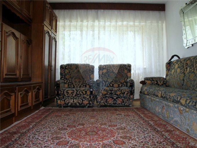 Constanta, zona Tomis Nord, apartament cu 3 camere de inchiriat, Mobilat clasic