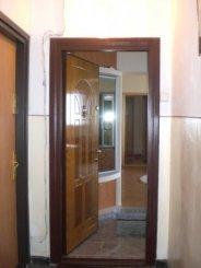 agentie imobiliara vand apartament decomandat, in zona Spitalul Militar, orasul Constanta