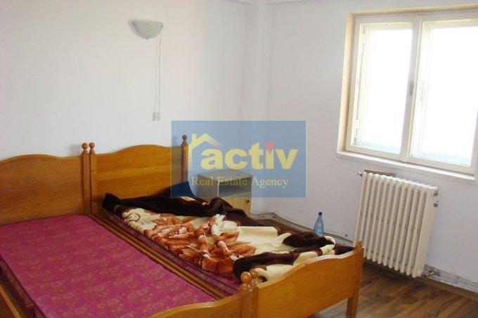 vanzare apartament decomandat, zona Delfinariu, orasul Constanta, suprafata utila 64 mp