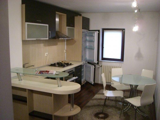 agentie imobiliara vand apartament decomandat, in zona Casa de Cultura, orasul Constanta