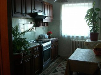 vanzare apartament decomandat, zona Ciresica, orasul Constanta, suprafata utila 68 mp