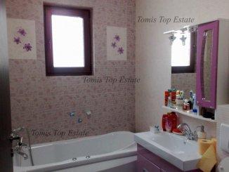 vanzare apartament cu 3 camere, decomandat, in zona Inel 1, orasul Constanta