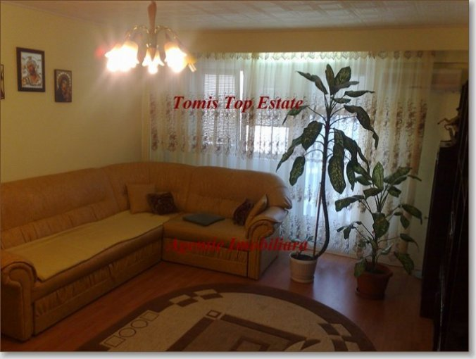 Constanta, zona Spitalul Militar, apartament cu 3 camere de vanzare