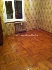 Apartament cu 3 camere de vanzare, confort Lux, zona Casa de Cultura,  Constanta