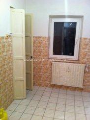 vanzare apartament decomandat, zona Casa de Cultura, orasul Constanta, suprafata utila 68 mp