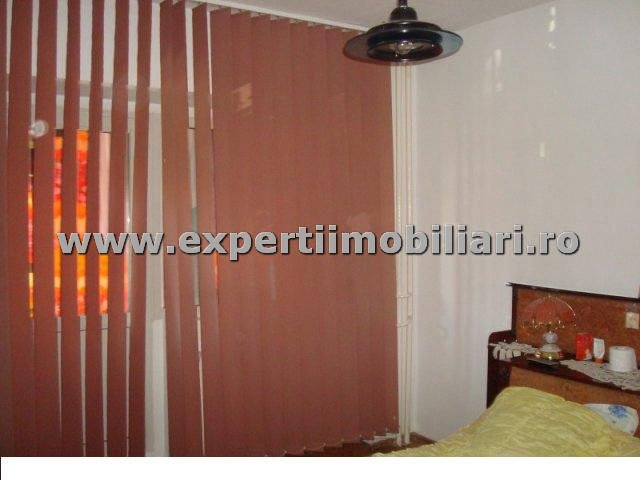 vanzare apartament decomandat, zona Tomis 3, orasul Constanta, suprafata utila 70 mp