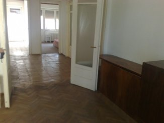 proprietar vand apartament decomandat, in zona Scapino, orasul Constanta