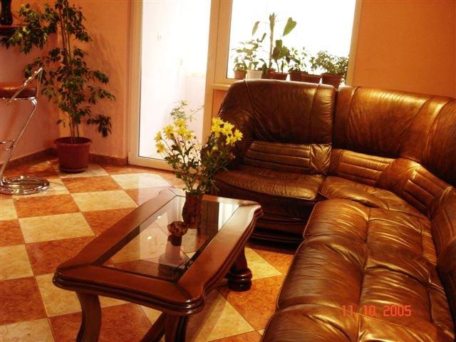 Constanta, zona Tomis 1, apartament cu 3 camere de inchiriat, Mobilat lux