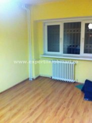 Constanta, zona Pod Butelii, apartament cu 3 camere de vanzare