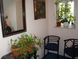agentie imobiliara inchiriez apartament decomandat, in zona Ultracentral, orasul Constanta
