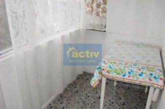 Apartament cu 3 camere de vanzare, confort Lux, zona Stadion,  Constanta
