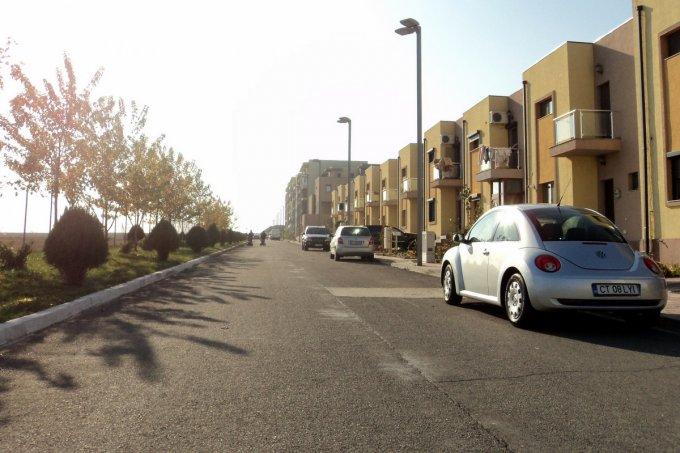 agentie imobiliara vand apartament decomandat, in zona Tomis Plus, orasul Constanta