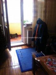 vanzare apartament cu 3 camere, decomandat, in zona Km 5, orasul Constanta