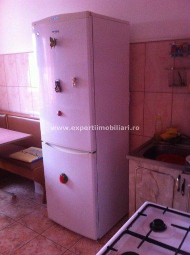 vanzare apartament decomandat, zona Km 5, orasul Constanta, suprafata utila 68 mp