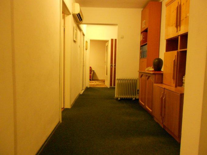 Constanta, zona Sat Vacanta, apartament cu 3 camere de inchiriat, Mobilat clasic