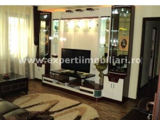 vanzare apartament semidecomandat, zona Centru, orasul Constanta, suprafata utila 75 mp