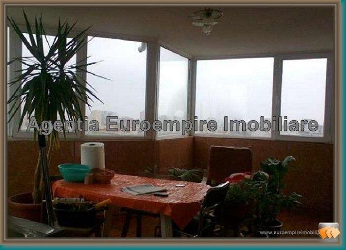 vanzare apartament decomandat, zona Balada, orasul Constanta, suprafata utila 90 mp