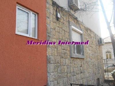 Apartament cu 3 camere de vanzare, confort Redus, zona Centru,  Constanta