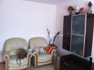 vanzare duplex cu 3 camere, nedecomandat, in zona Dacia, orasul Constanta