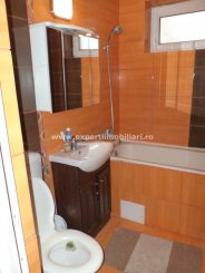 agentie imobiliara vand apartament semidecomandat-circular, in zona City Park Mall, orasul Constanta