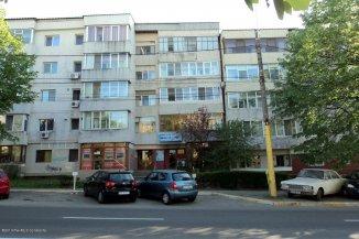 vanzare apartament decomandat, zona Victoria, orasul Constanta, suprafata utila 80 mp