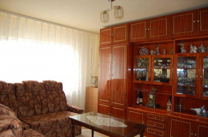 Apartament de vanzare direct de la agentie imobiliara, in Constanta, in zona Inel 1, cu 55.000 euro. 1  balcon, 2 grupuri sanitare, suprafata utila 65 mp.