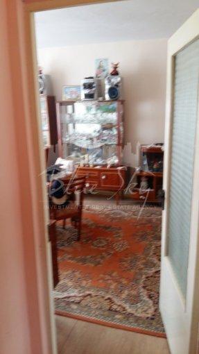 Apartament de vanzare in Constanta cu 4 camere, cu 1 grup sanitar, suprafata utila 74 mp. Pret: 45.000 euro negociabil.