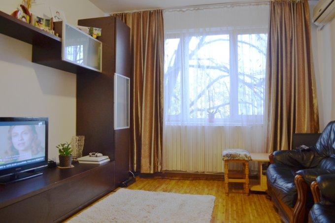 vanzare Apartament Constanta cu 4 camere, cu 1 grup sanitar, suprafata utila 75 mp. Pret: 82.000 euro negociabil. Incalzire: Centrala proprie a locuintei. Racire: Aer conditionat.
