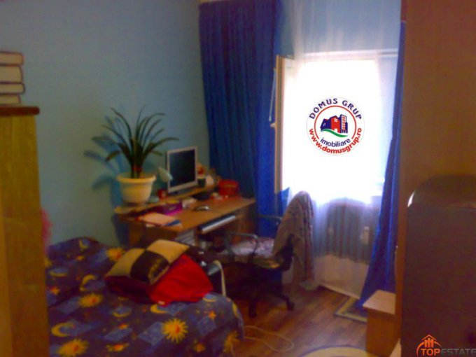 vanzare apartament decomandata, zona Inel 2, orasul Constanta, suprafata utila 105 mp